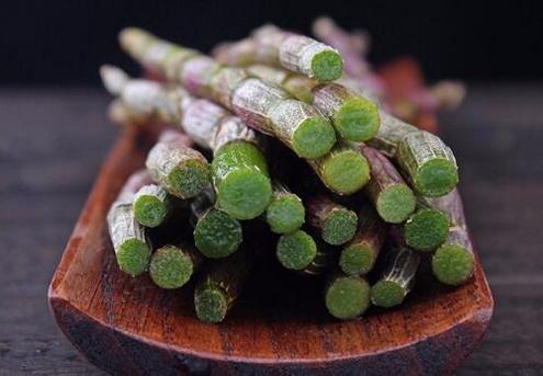 铁皮石斛鲜花泡水喝有什么功效?
