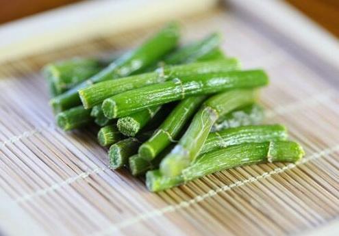 为什么铁皮石斛不能和萝卜同食?